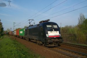 ES 64 U2 067 with freight in Gyor by morpheus880223
