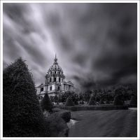 Les Invalides before.... by Graphylight