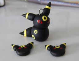 Umbreon Charm by CharmingLittleFox