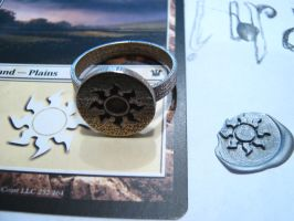3D Printed White Mana Seal Ring by Henry-Crun