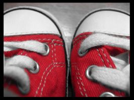 red shoes by ShanZart