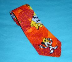 Halloween Tie by Isilian