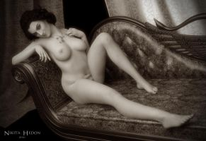 Chaise by NikitaHedon