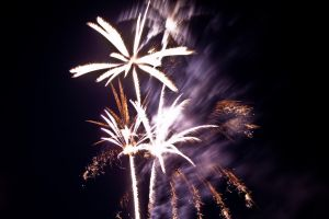 firework no4 by Tschisi