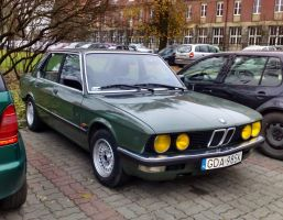 Classic Beemer saloon by Lew-GTR