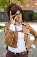 Attack on Titan - Hanji Zoe Portrait by faramon