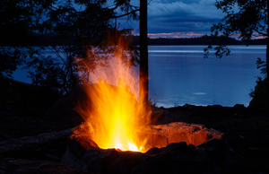 Campfire At Lake Asnen Sweden by nicoam