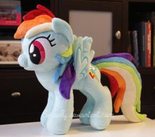Rainbow Dash Plush by siriasly