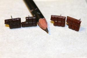Chocolate bar earrings by Guvy