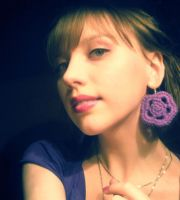 purple earring by elsieHB