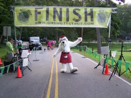 Shaemus McDuff at the finish line by MrEd301