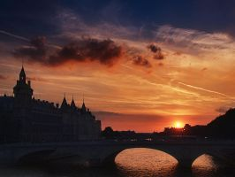 along the seine by VaggelisFragiadakis