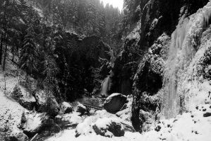 Wahclella Falls, Winter Study #1 by greglief