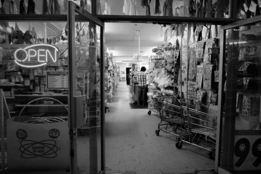 99 Cent store by ErickLopezFoto