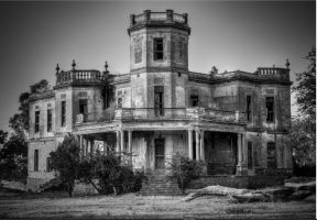 Old Cristina by JArchitect