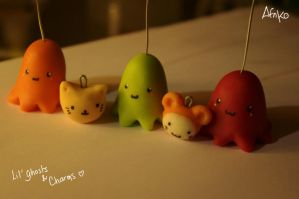 Lil'ghosts and cute charms by ArtefiorNantiako