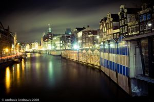 Untitled Amsterdam at night by andreasandrews