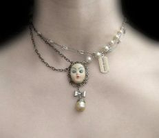 Lolita Doll Necklace by morbid---curiosity