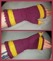 Burgundy and gold fingerless mittens by KnitLizzy