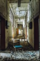 University L - Corridor Decay by Bestarns