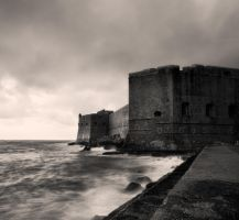 The Walls of Dubrovnik by denis2