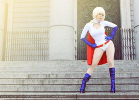 Powergirl - Justice Society of America - DC Comics by WhiteLemon