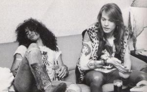 Axl Slash Chilling by Anatoma