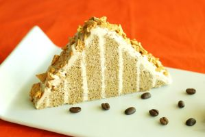 Coffee Genoise w Coffee Crunch by bakingbee