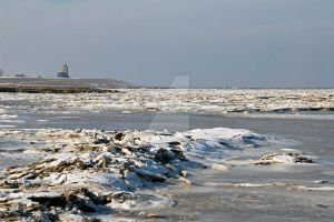 Ice on the Wadden Sea by TjerkEpema