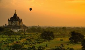 Sunrise in Bagan 1 by CitizenFresh
