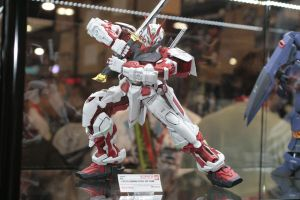 SDCC 2010 Gundam Red Frame by anaheim-420