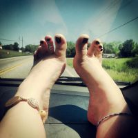 Pretty Bare Feet On A Pretty Day by Lily-Lithium