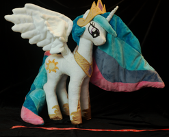 Princess Celestia size reference by WhiteHeather