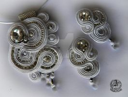 Soutache  set earrings and pendant in White by caricatalia