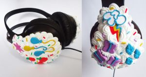 MY LITTLE PONY - cutie mark headphones by FrozenNote