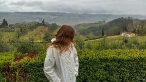 contemplating Toscana  by Rikitza