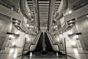 Escalator by jpgmn