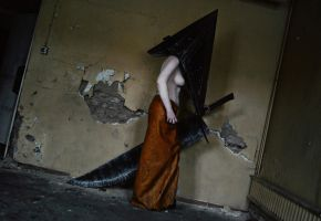 Silent Hill: Pyramid Head - Sound of sirens by aggestardust