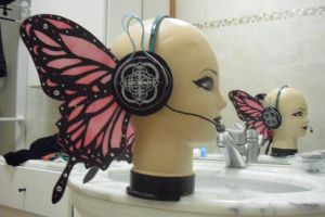 Miku Magnet Headphones by AlyTheKitten