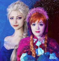 Frozen's Sisters by ormeli