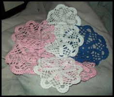 Crochetted Doilies by Shunhades