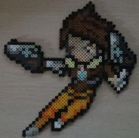 Tracer Overwatch Perler by SuperSensei