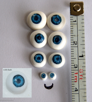 Tiny Realistic Polymer Clay Eyes Cane Technique by ItsaBumbleDee