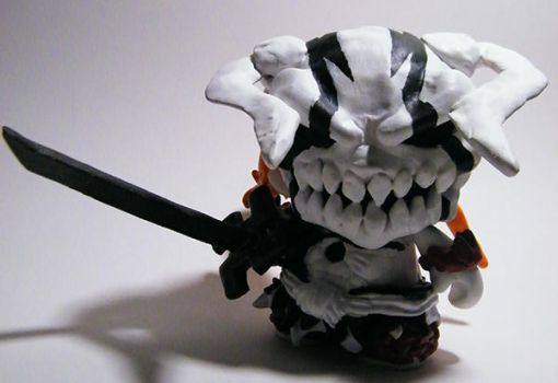 Hollow Ichigo VL Munny (Prototype) Front view. by tripled153