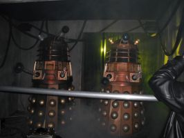 2 Daleks walk into a bar by marballz