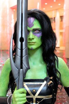 Gamora @ C2E2 2015 by Egg-Sisters-Cosplay