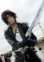 Squall Leonhart Cosplay 3 by mogcaiz