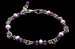 Amethyst and Pearls Bracelet by Kithplana