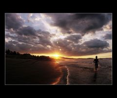 lingayen sunset by liongoren
