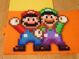 Mario and Luigi beadsprite by dylrocks95